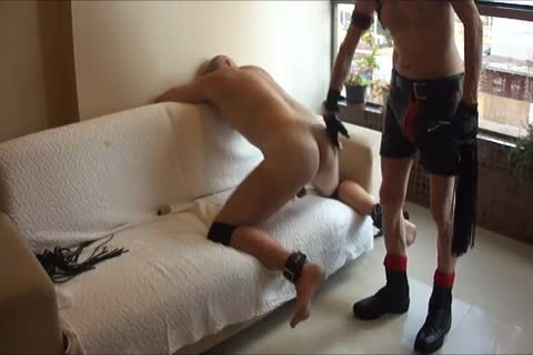slave FELIPE , Discoveqring How juicy It Is To Be Spanked
