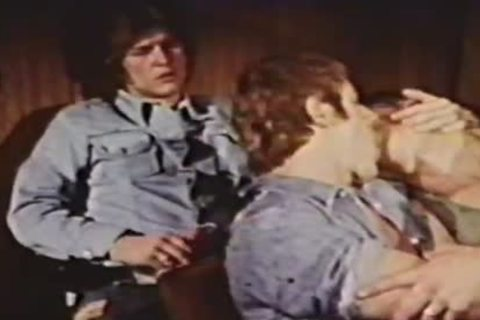 gay Peepshow Loops 234 70's And 80's - Scene 3