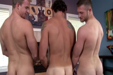 Three gay dudes Love Playing With dick