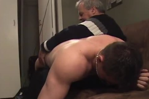 Hunk With Bubble wazoo receives A spanking