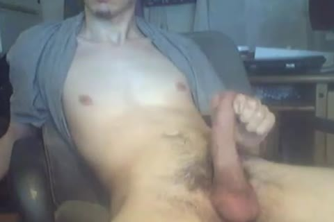 Gonzan20 Jerks His enormous rod In Front Of webcam