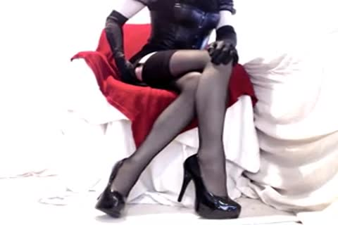 wild Seamed nylons And Heels