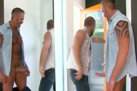 Buff Bear pounds chocolate hole - BoyFriendTVcom