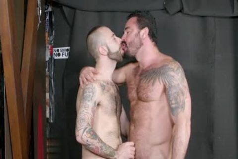 Muscle homosexual oral-sex-job With cumshot