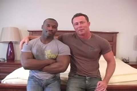 Marc Williams And Marco Paris Love To bang