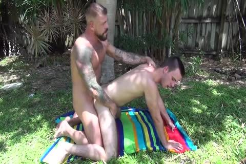 biggest Dicked Muscle Daddy With naughty Pig boy