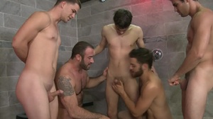 goo Shower - Tommy Defendi, Spencer Reed bathroom Hook up