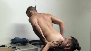 YoungPerps.com - Erotic officer Shane Jackson craving nailing