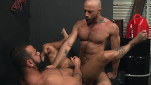 Extra Big Dicks: Inked big penis Tony Orion receiving facial