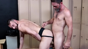 Extra Big Dicks: Caucasian Johnny B loves big dick Joe Parker