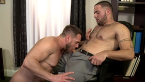 MenOver30: Brunette Hans Berlin pounded by uncut dick daddy
