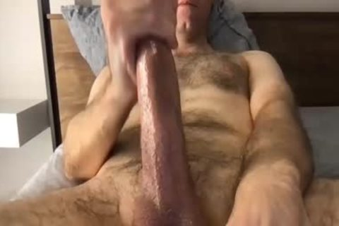 hairy jerking off chap In cam