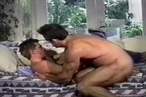 couple hook up in the daybed